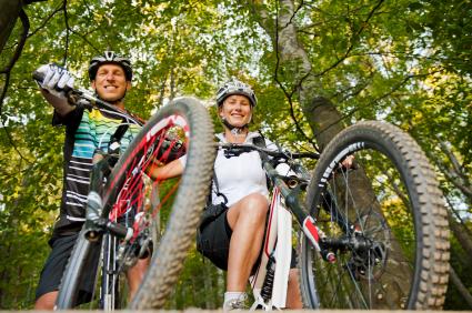 Bicicletas de montaña para disfrutar de su uso. Hay que seguir una serie de recomendaciones para pedalear de forma correcta.