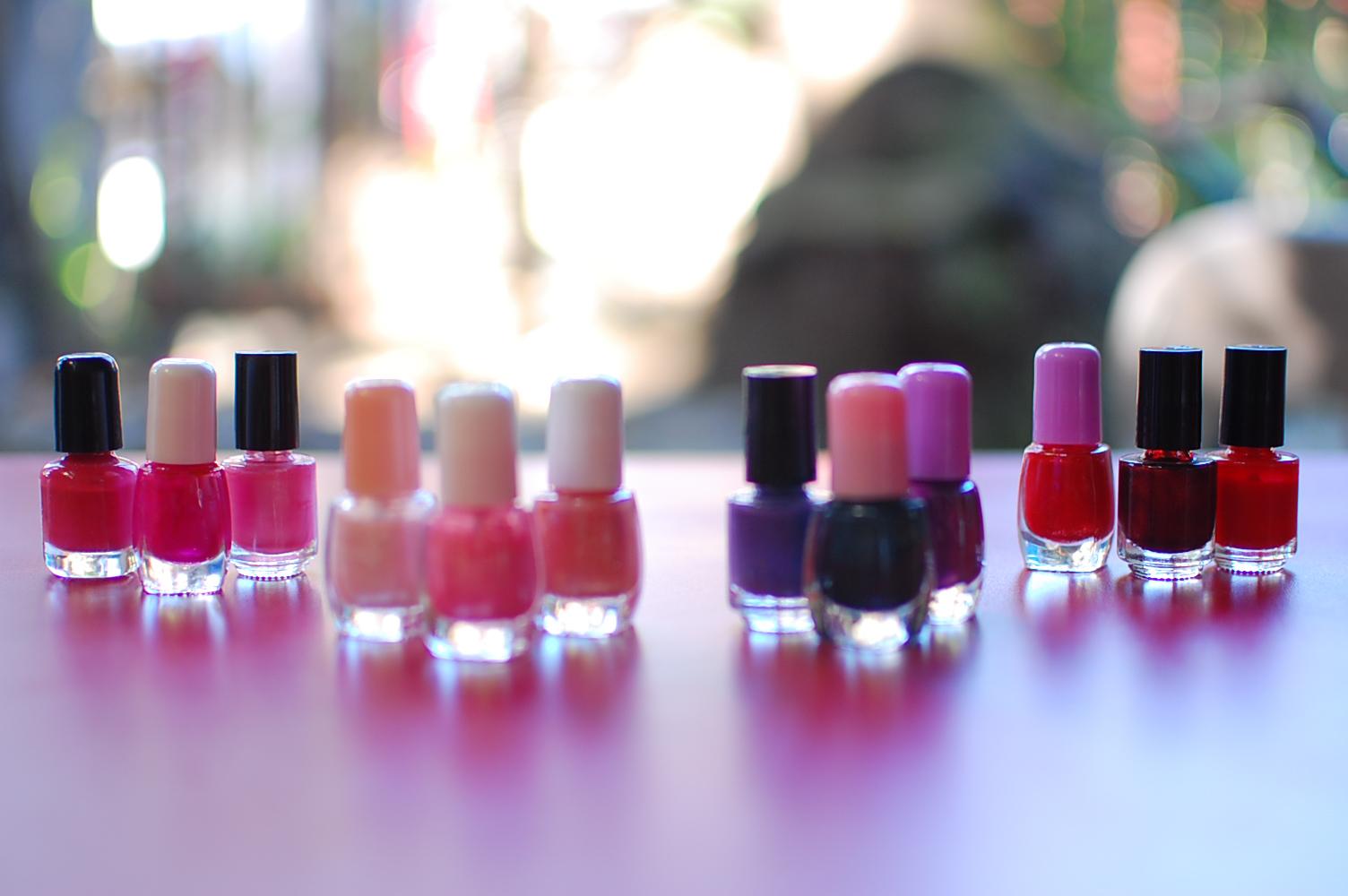 Elenco de pintauñas que sirven para destacar nuestras uñas y lucir más bonito. Siempre y cuando nuestras uñas estén cuidadas