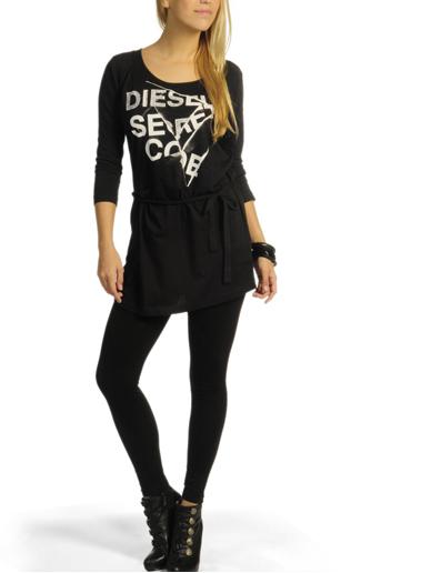 Vestido negro media-manga